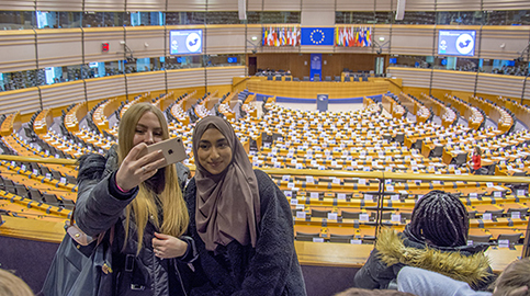 Politics students visit EU